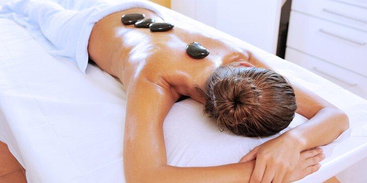 60minutová masáž lávovými kameny