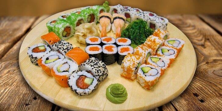 Chutě, co spolu ladí: Klasický nebo speciální sushi set pro 2 labužníky
