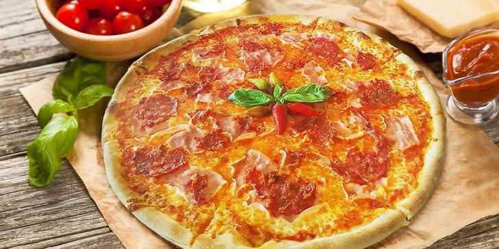 Zajděte do italské restaurace: dvě pizzy dle vašeho výběru z 12 druhů