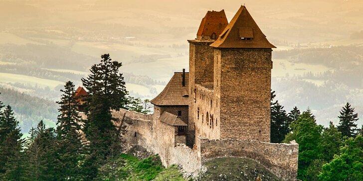 Výletování po Šumavě vč. vstupu na Kašperk: dovča pro 2 s polopenzí a masáží