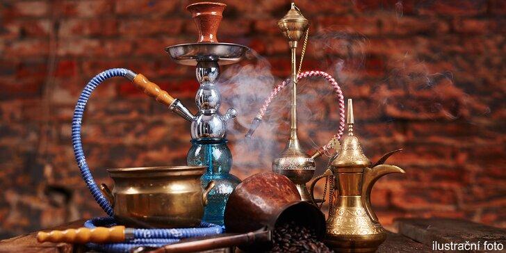 Poklidný dýchánek v čajovně u Vltavy: vodní dýmka a 2 libovolné nápoje