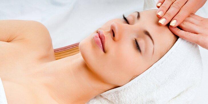 Luxusní regenerační péče o pleť včetně masáže a masky
