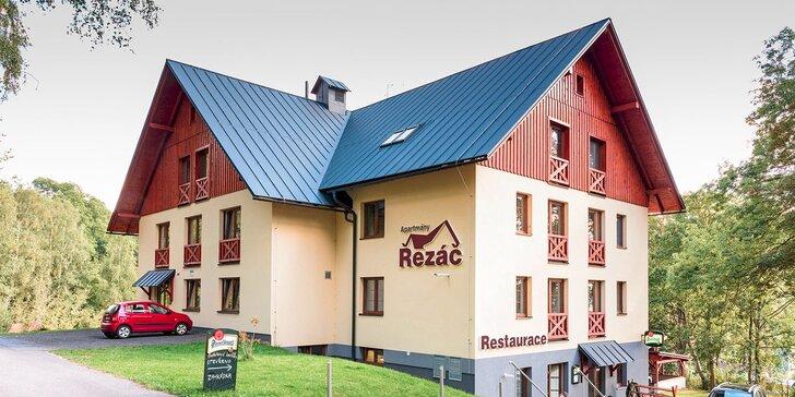 Útulné apartmány Řezáč: pohoda pro dva v Rokytnici nad Jizerou se snídaní