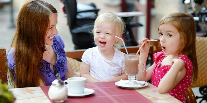 Kavárna s dětským koutkem: káva pro rodiče a horká čokoláda pro děti