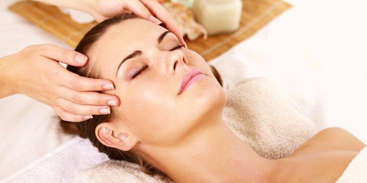 Relaxační 30minutová indická masáž hlavy pro odbourání stresu