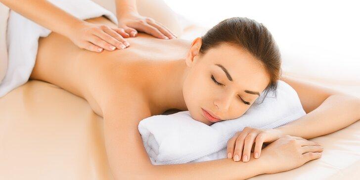 Relaxační nebo aroma masáž pro dokonalé uvolnění