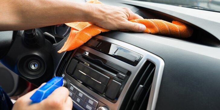 Balíčky na ruční mytí a čištění interiéru vozidla
