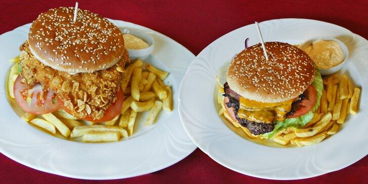 Jeden nebo dva naducané burgery s libovolnou přílohou