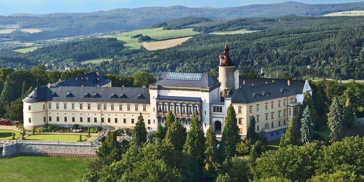Pohádkový jarní pobyt v Chateau Zbiroh: termíny na 1 či 2 noci o všedních dnech