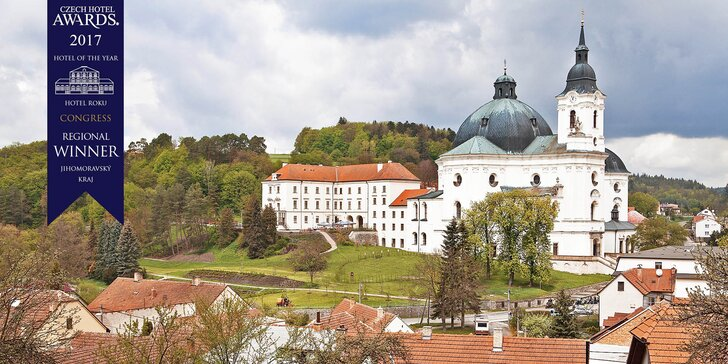 Život na zámku: 2 noci uprostřed Moravského krasu s romantickými večeřemi