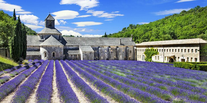 Kouzelná Provence - cesta autobusem, 2 noci v hotelu, návštěva Nice a koupání
