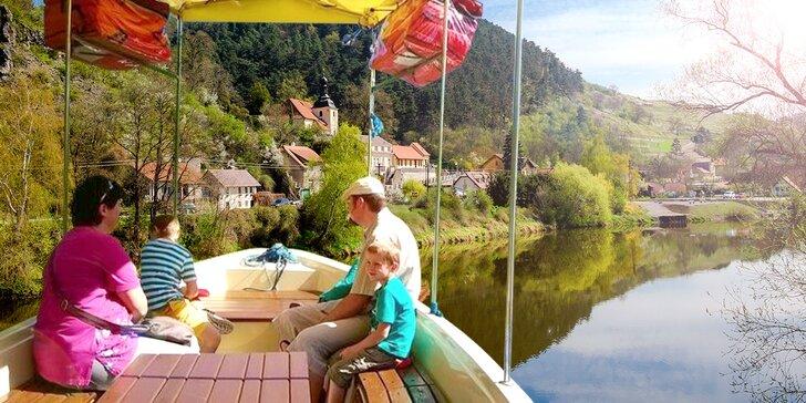 Hurá na Berounku - vyhlídkové plavby karlštejnským podhradím