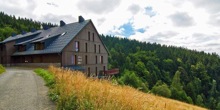 Týdenní letní pobyt pro 4-8 osob v luxusním apartmánu v Krkonoších