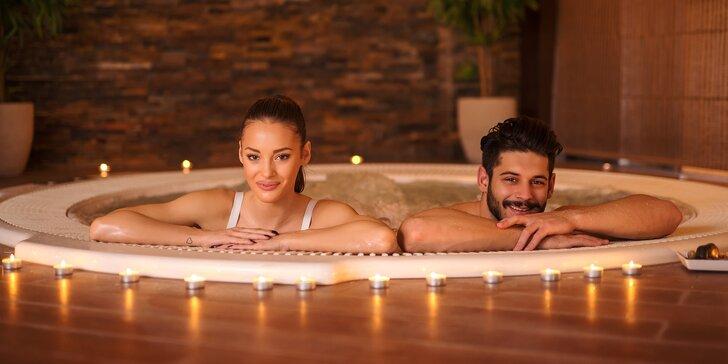 Romantické bublání: 50 minut v privátní vířivce jen pro vás dva