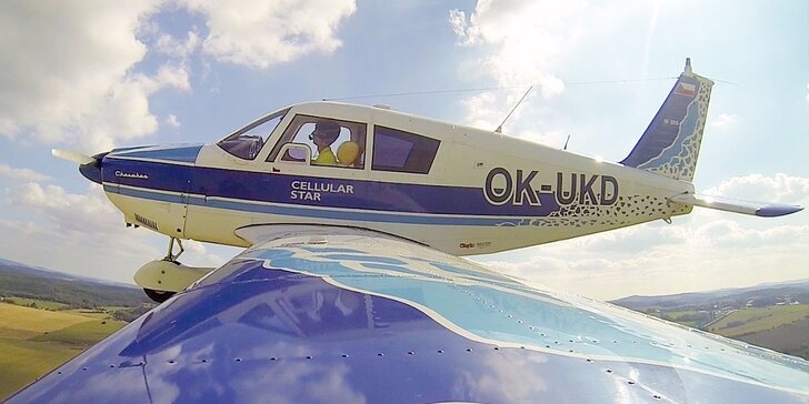 Pilotem na zkoušku nebo soukromý vyhlídkový let pro 2 osoby