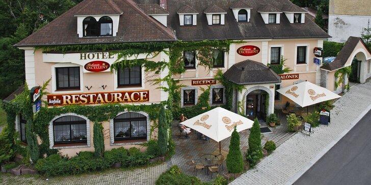 Romantický pobyt v Klášterci nad Ohří s honosnou večeří a vstupenkou na zámek
