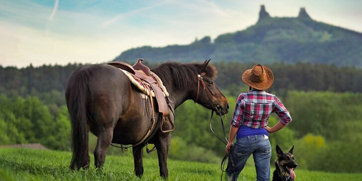 Prohlédněte si ranč a vyrazte si na 3 hod. vyjížďku na koni na Dubeckou vyhlídku