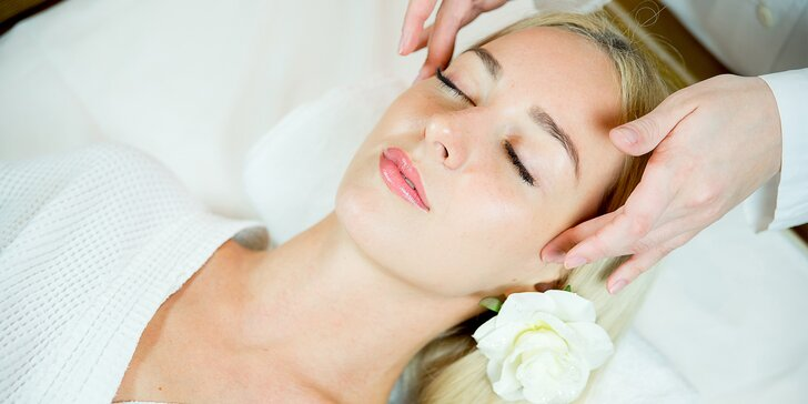 Královská protistresová masáž obličeje arganovým olejem