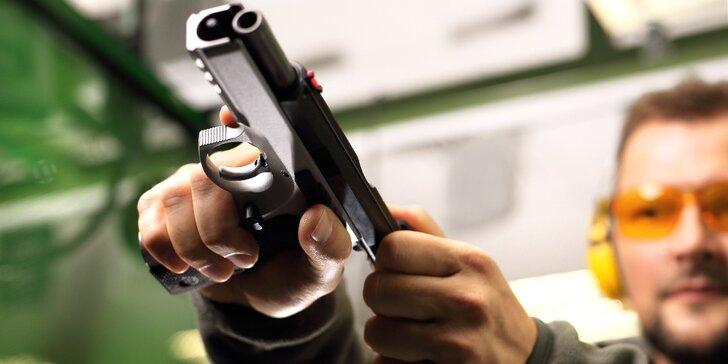 Střelba až z 9 zbraní či 6hodinový VIP kurz: Zážitek s vůní střelného strachu