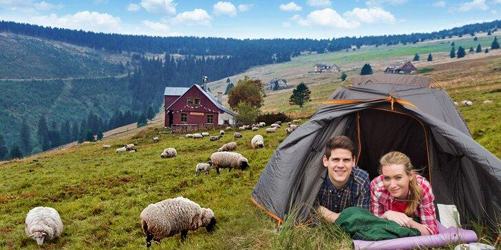 Outdoorová výzva: Noc ve stanu na horské pláni se snídaní a hodinou v sauně