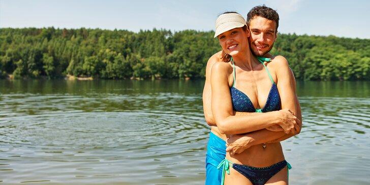 Letní relax na Lipně: 3-8 dní zázemí pro aktivní pár v hotelu vedle korun stromů