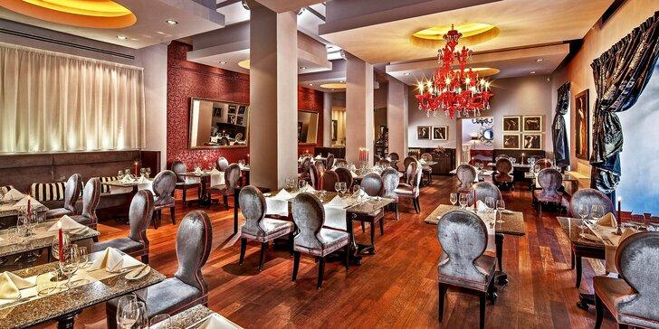 Gastronomický zážitek v Le Grill: 7chodové menu s vinným párováním pro dva
