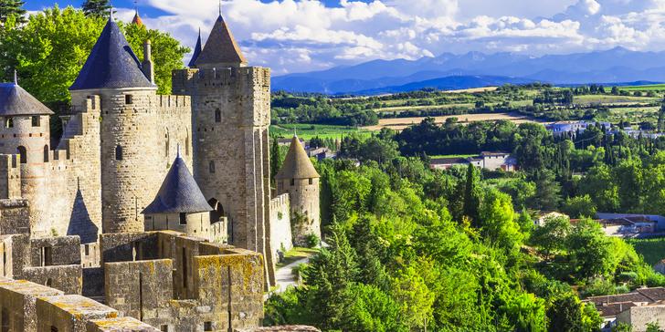 Poznávací zájezd do Francie: kraj katarských hradů a vína s koupáním vč. snídaně