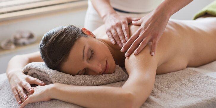 Dámy, nechte se rozmazlit: 90minutová masáž celého těla a sklenka sektu