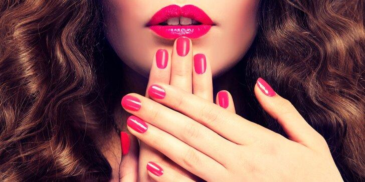 Krásné nehty po celé léto: manikúra vč. lakování Vinyluxem, gel lakem nebo SNS