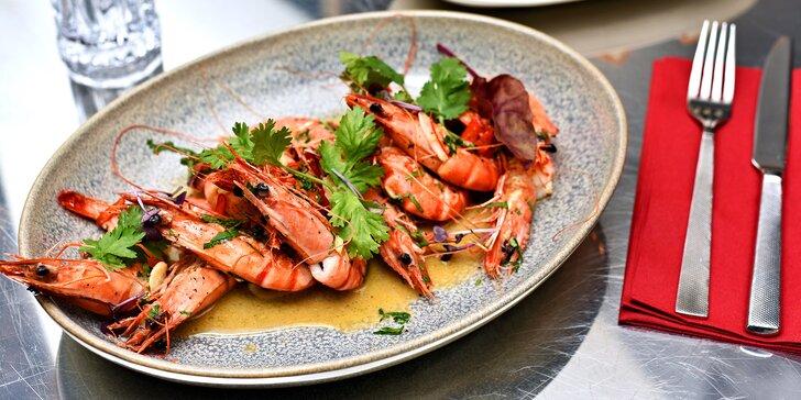 Dary moře i života: Luxusní restované tygří krevety s mangovou emulzí a pečivem