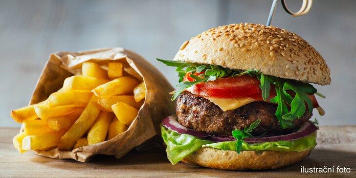 Skvělá bašta: Nadupaný hamburger se steakovými hranolky i BBQ omáčkou