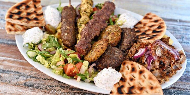 Speciality řeckého šéfkuchaře: velká masová hostina s biftečky i tzatziky pro 2