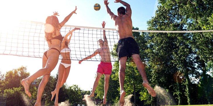 Hodinový pronájem beachvolejbalového kurtu ve Wake Parku Náklo