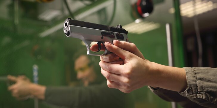 Vydatný střelecký zážitek na venkovní střelnici v Mikulově