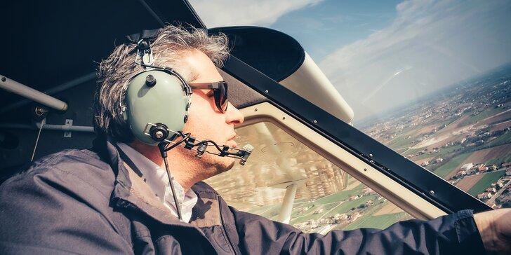Pilotem kluzáku: 20minutový let nad Kutnou Horou nebo Sázavou