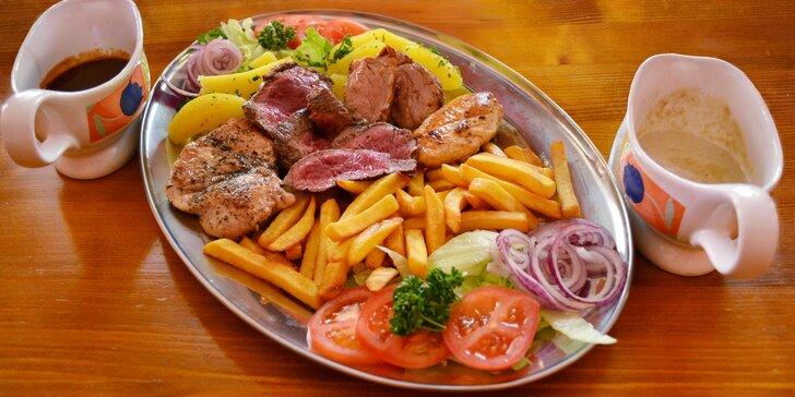 Steakový mix grill se 4 druhy masa i s přílohami pro společné hodování