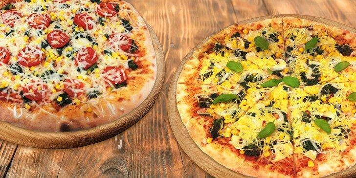 Dvě pizzy k vyzvednutí nebo s odpoledním doručením + nápoj zdarma