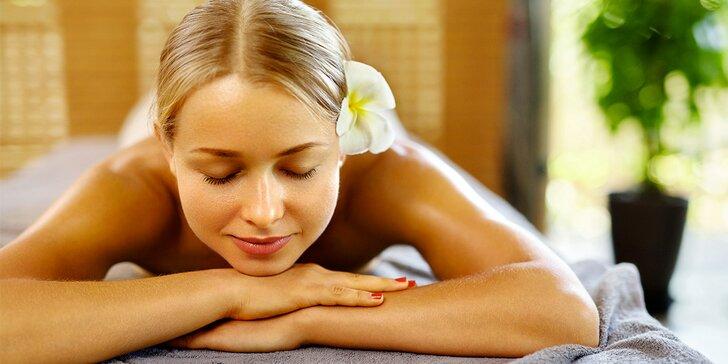 90 minut relaxace s thajskou olejovou masáží a tepelným zábalem