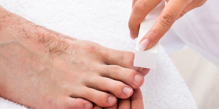 Pánská relaxační pedikúra s antiperspirantem pro potivou nohu
