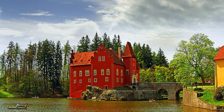 Konec léta či podzim v jižních Čechách s polopenzí, vínem i návštěvou bazénu