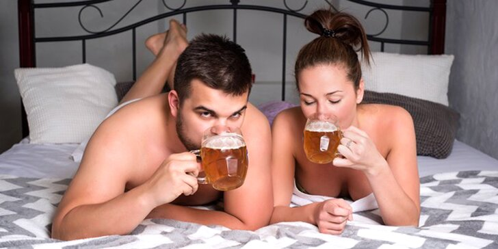 Pivní lázeň pro dva nebo privátní partnerský wellness s vířivkou a saunou