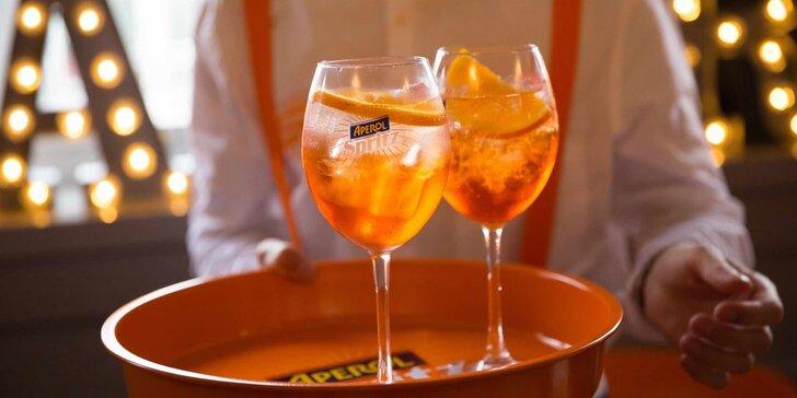 Léto s drinkem v ruce: 2x osvěžující Aperol Spritz a oříšky