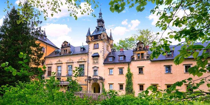Stylový pobyt pro 2 osoby na zámku Kliczkov s polopenzí a neomezeným wellness