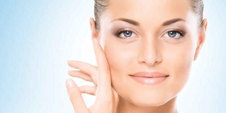 Kosmetické ošetření včetně masáže obličeje, peelingu a úpravy obočí