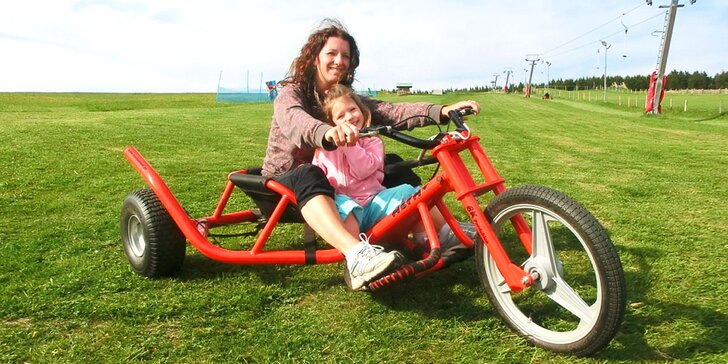 Celodenní vstup do dětského parku na Božím Daru a jízdy na káře či koloběžce