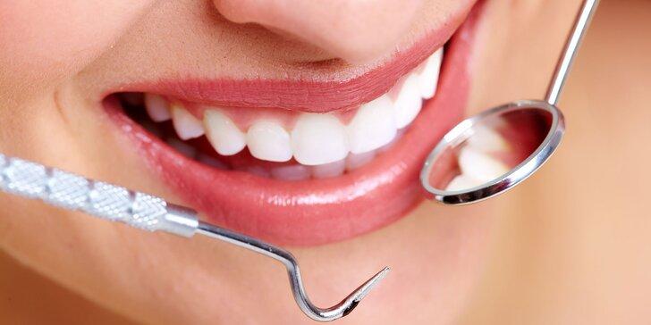 Krásný úsměv se zdravými zoubky: dentální hygiena včetně leštění zubní skloviny