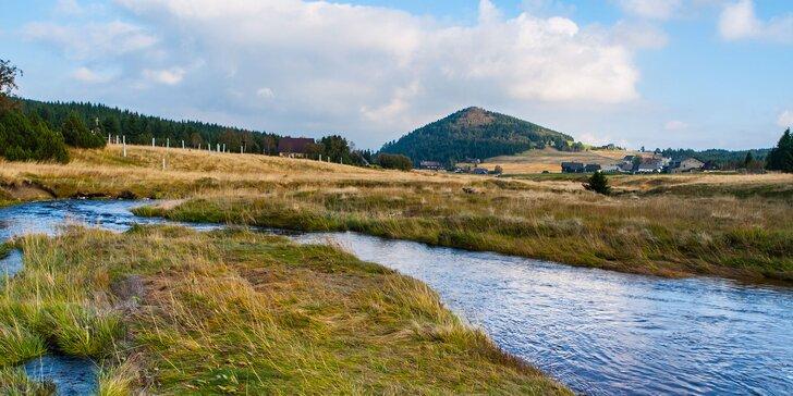 Romantika v Jizerských horách pro dva: Třídenní pobyt na Zámečku s polopenzí