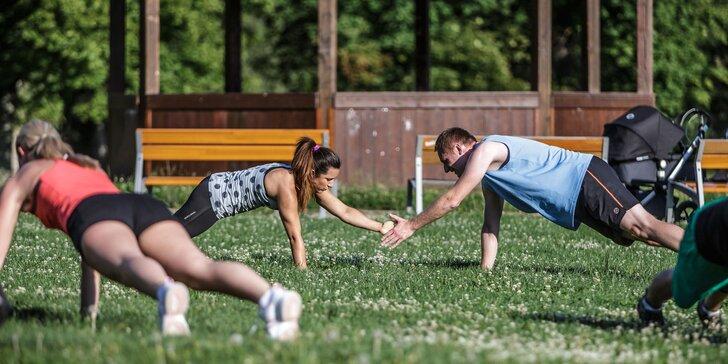 Sílu tělu: Skupinové lekce Hammer Strength včetně venkovního funkčního tréninku