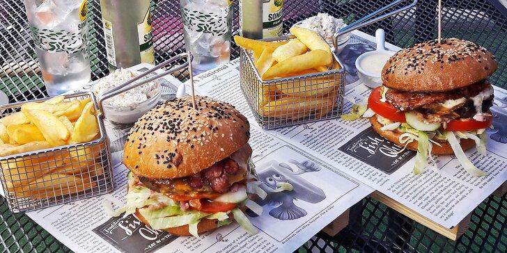 Zažijte americké léto v centru Pardubic: Burger, hranolky a hruškový cider pro dva