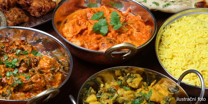Přehlídka chutí a vůní: Tříchodová indická hostina pro 2 v autentickém Namaskaru